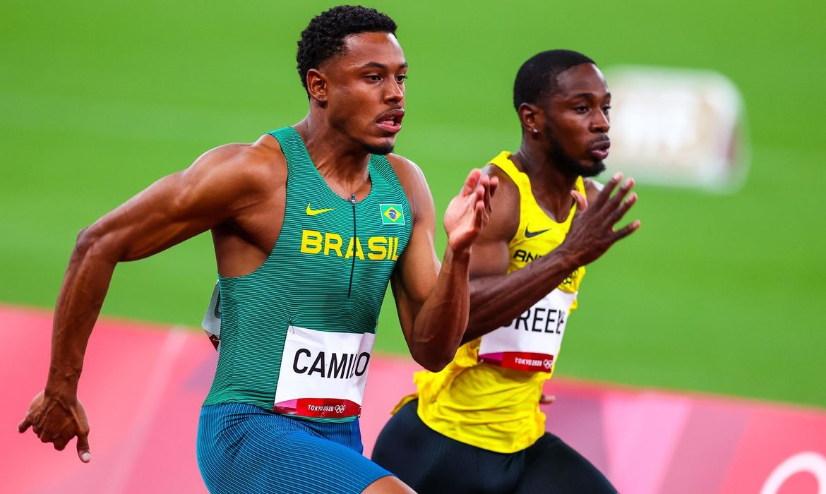 You are currently viewing Paulo André corre semifinal olímpica dos 100 m neste domingo